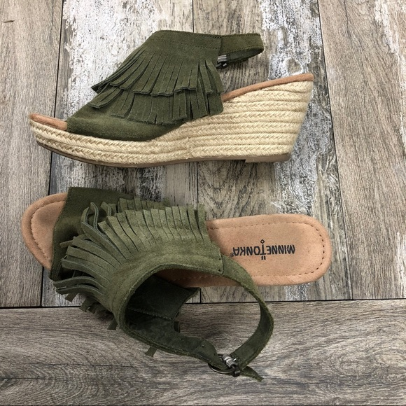 Minnetonka Shoes - Minnetonka Ashley Fringe Suede Espadrille Size 11